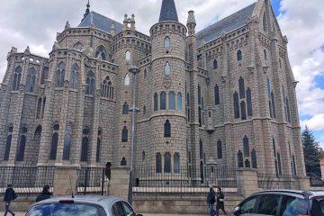 Palacio Episcopal - Gaudi